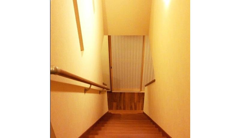 明石市U様邸新築温もりを感じる階段